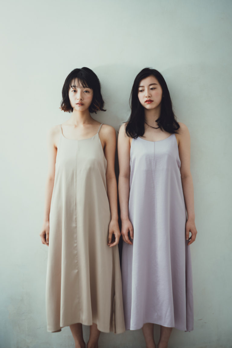 Model Nijiho & Fuko Kanbara
