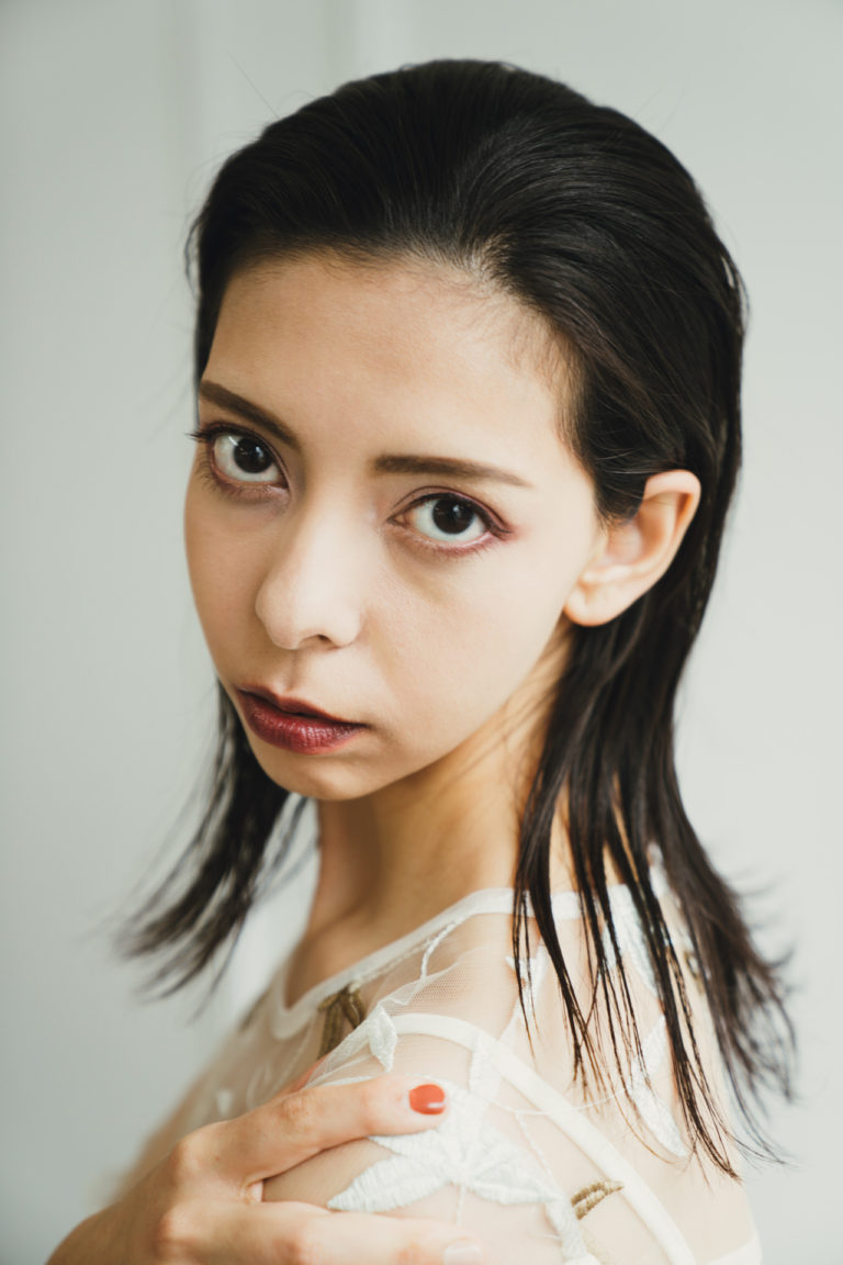 Photo Yuki Kono Hair&Make Arisa Shimizu